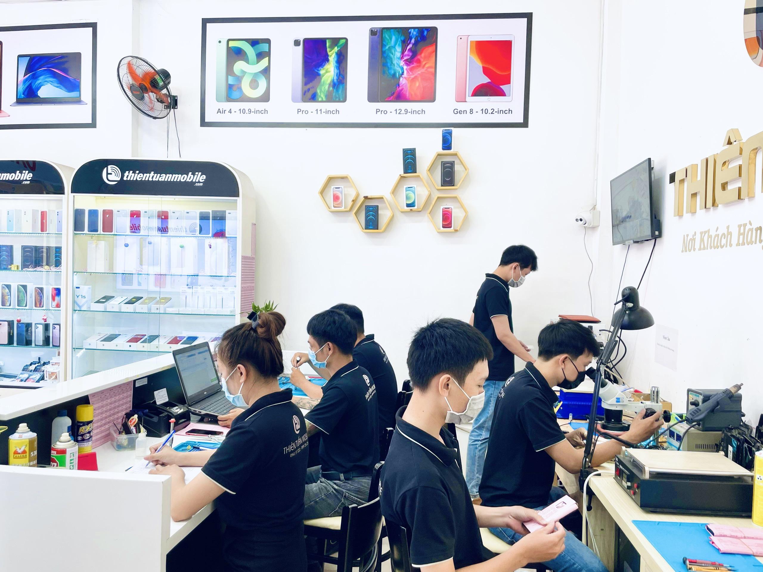 Quy trình sửa chữa điện thoại tại cửa hàng